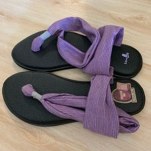 Sanük yoga mat sandals, perfect condition